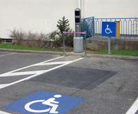 contravention stationnement handicap s mal identifi. Black Bedroom Furniture Sets. Home Design Ideas