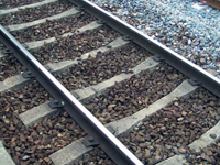 Contravention marche sur chemin de fer